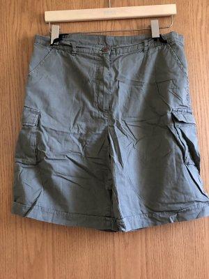 Short taille haute gris vert