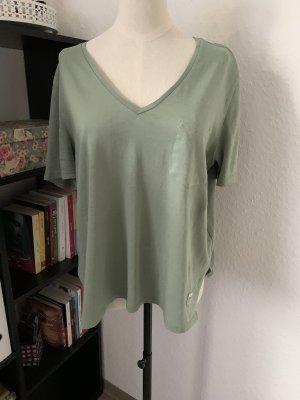 Grüne T-Shirt