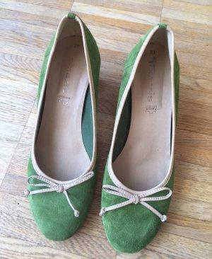grüne Tamaris-Pumps