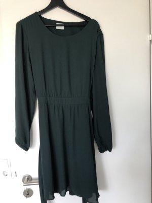 Grünes Abendkleid von VILA