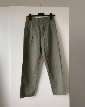 Grünes Jeans