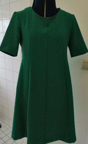 Grünes Kleid von Benneton Gr. S