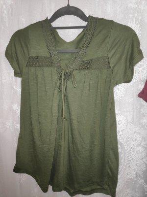 grünes T-Shirt S