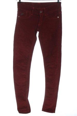 Gstar pantalón de cintura baja rojo look casual