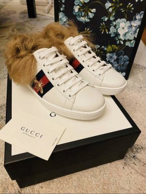 Gucci Ace Sneaker mit Fell Gr. 34 1/2 (35,5-36)