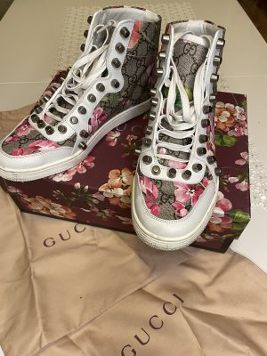 GUCCI Calfskin GG Blooms Womens Studded High Top Sneakers