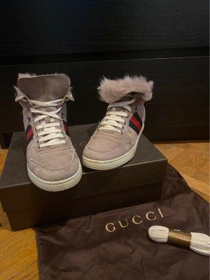 Gucci Damen Sneaker mit Fell Einsatz
