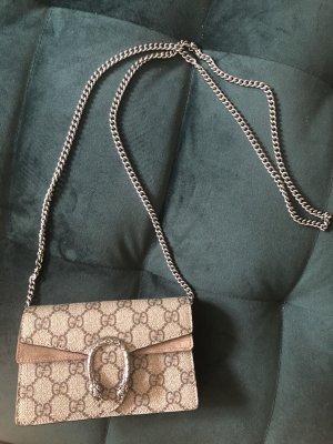 Gucci Dionysus Super-Mini-Tasche aus GG Supreme