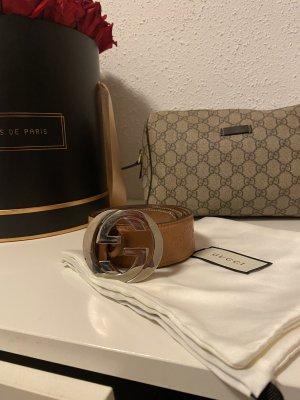 Gucci Cinturón de cuero coñac