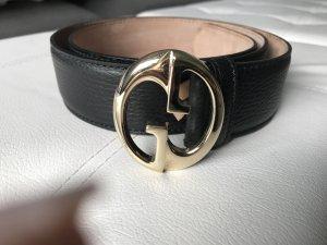 Gucci Cinturón de cuero negro