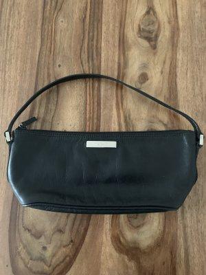 Gucci Handtasche aus Leder wie neu