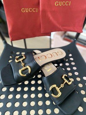 Gucci Outdoor sandalen zwart-goud