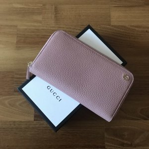 Gucci Leather Zip Around Wallet Geldbörse