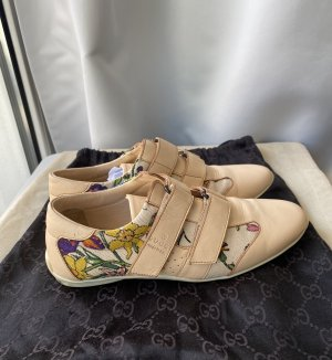 Gucci Slip-on Sneakers cream-nude leather