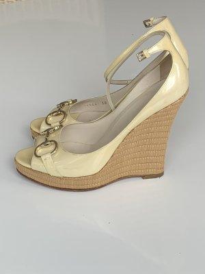 Gucci Handtasche samt Wedge Sandals multicolored