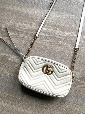 Gucci Marmont GG Schultertasche Matelassé-Leder weiß
