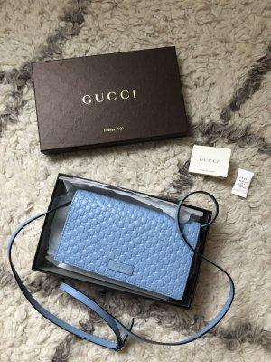 Gucci Microguccissima in blau