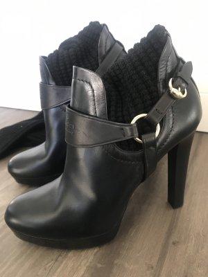 Gucci Kniehoge laarzen zwart Leer