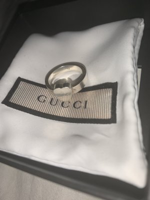 Gucci Srebrny pierścionek srebrny