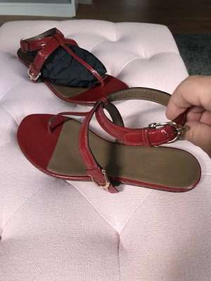 Gucci Sandalias con talón descubierto rojo oscuro
