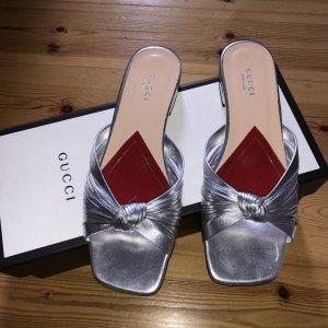 Gucci Sandalo con tacco argento