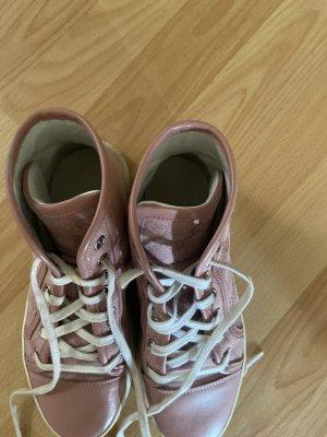 Gucci Sneakers met veters rosé Leer