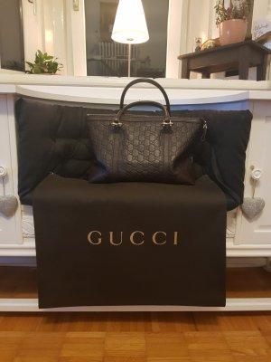 GUCCI ** sehr schöne Handtasche