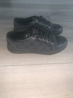 Gucci Sneaker stringata nero