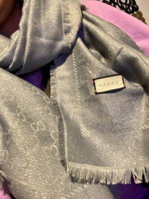 Gucci Chal veraniego gris
