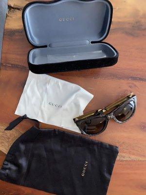 Gucci Occhiale a farfalla nero-oro