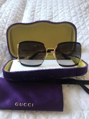 Gucci Hoekige zonnebril zwart