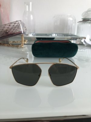 Gucci Angular Shaped Sunglasses gold-colored