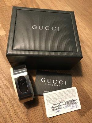 Gucci Zegarek z metalowym paskiem srebrny