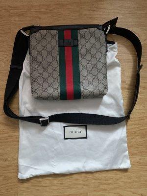 Gucci Tasche aus GG Canvas