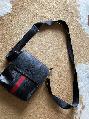 Gucci Tasche Umhängetasche Teils Leder schwarz, rot grün gestreift