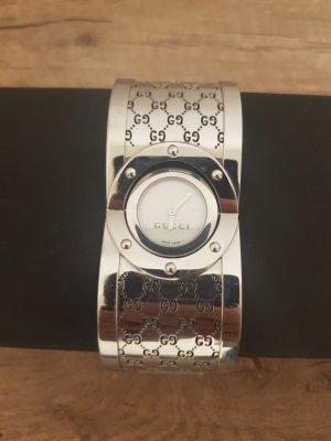 Gucci Reloj con pulsera metálica color plata