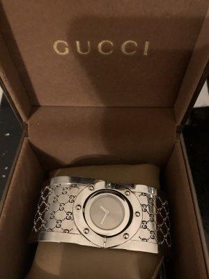 Gucci TwirlYA112401, Occasion