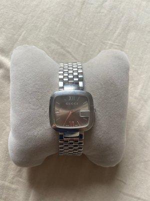 Gucci Reloj con pulsera metálica color plata-color bronce