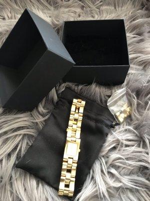 Gucci Zegarek z metalowym paskiem złoto