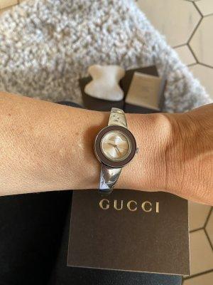 Gucci Reloj analógico color plata