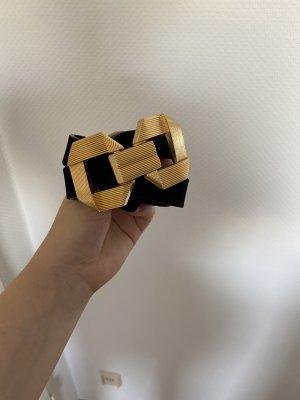 Zara Cinturón pélvico negro
