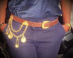 Cintura con catena marrone scuro Finta pelle