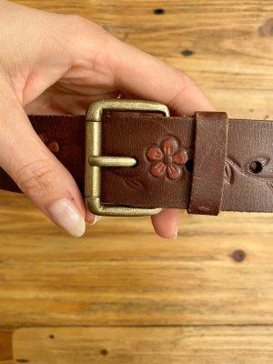 Cintura di pelle marrone scuro-carminio