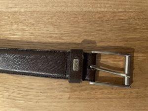 Hugo Boss Cinturón de cuero marrón oscuro