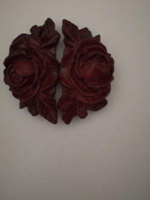 Gürtelschnalle - rote Rosen mit Blätter verziert