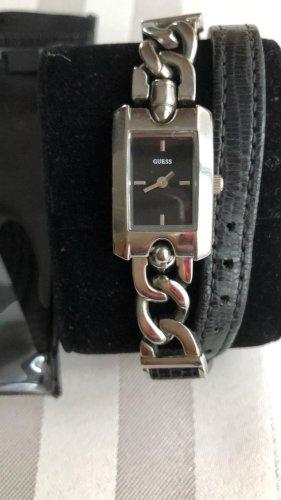 Guess Zegarek z metalowym paskiem Wielokolorowy