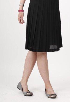 GUESS Ballerina ++ pretty und glänzend ++ Schuhe Business Fashion