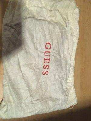 #Guess#Clutch