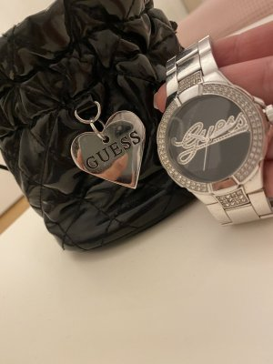 Guess Montre avec bracelet métallique argenté-noir
