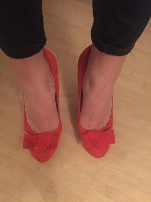 Guess Heels, die perfekten Pumps für Weihnachten